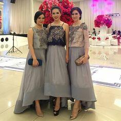 So stunning! Fashion designer @malikmoestaram Kebaya Dress, Dress Pesta, Kebaya Hijab, Pakistani Fancy Dresses, Dress Outfits, Fashion Dresses, Wedding Guest Style, Bridal Lace Fabric, Batik Dress