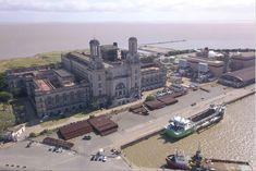 La Catedral de la Electricidad, una imponente obra escondida en el puerto - LA NACION