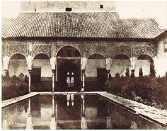 La primera foto del patio de los Arrayanes. E.K. Tison 1850 Calotipo.