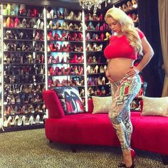 Ice-T and Coco Fire Back at Baby Bump Critics Before Giving an Inside Look at Chanel's Shoe-Filled Closet Celebrity Babies, Celebrity Style, Ice T And Coco, Austin Coco, Baby Chanel, Coco Chanel, 34 Weeks Pregnant, Pregnant Celebrities, Celebrities Fashion