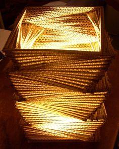 Lámpara de cartón-modelo flechaZo / Y MUCHO MAS - Artesanio