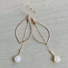Gold Filled Smooth Front Facing Petals with Opal Chalcedony and Hessonite Garnet Accent Hessonite Garnet is the stone of abundance, longevity and happiness we paired this with Chalcedony to create ultimate balance. Drop measures approximately 4 Beaded Earrings, Earrings Handmade, Silver Earrings, Handmade Jewelry, Wire Jewelry, Jewelery, Silver Jewelry, Silver Ring, Jewellery Box