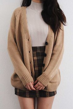 Casual Fall Outfits, Teen Fashion Outfits, Mode Outfits, Cute Fashion, Stylish Outfits, Fashion Jobs, Fashion Games, Skirt Outfits For Winter, Winter School Outfits