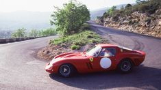 Time Wasting Machine - 1961 Ferrari 250 GTO chassis (the first Vintage Racing, Vintage Cars, Ferrari 250 Gto, Ferrari Racing, New Supercars, Classic Race Cars, Automotive Design, Car Manufacturers, Car Car