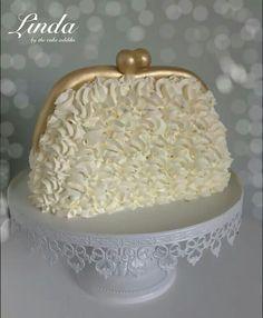 Purse buttercream cake