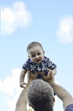 Six Month Pictures, A great daddy pose, Megan Butto Photography