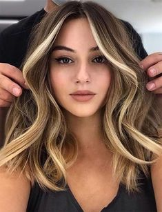 Brown Hair Balayage, Brown Blonde Hair, Black Hair, Dark Blonde Hair Colour Ideas, Golden Hair Colour, Hair Colour Trends, Dying Hair Blonde, Hair Colour Ideas For Brunettes, Blonde Ombre Short Hair