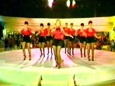 Olivia Newton John - Xanadu (FULL Film Video Version).mp4 - YouTube