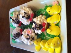 Cute Easter desserts... My moms awesome!