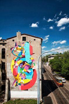 Street art in Lodz (Pomorska 28), Poland, by Spanish street artist KENOR