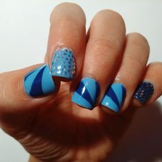 My firs post. Go to http://lemonnmintnails.weebly.com/   :)