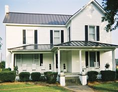 metal roof with white house | Photo Gallery - Metal Roofing for Residential and Commercial Roofs ...