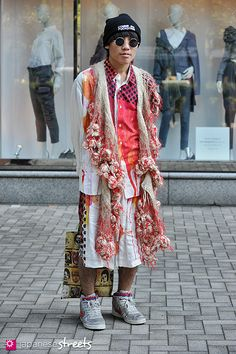 121102-0352: Japanese street fashion in Shibuya, Tokyo.