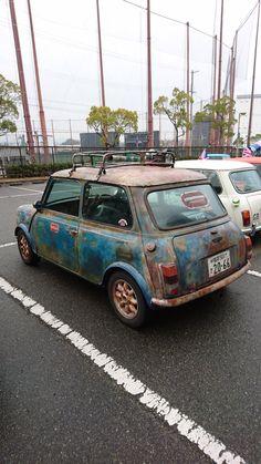 Mini Meeting — eye likes this Commercial Vehicle, Classic Mini, Kobe, Japan, Cars, Vehicles, Okinawa Japan, Japanese Dishes, Autos