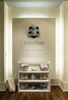 baby gap | paper bear by chloe fleury. love the little dots on the wall