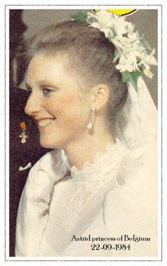 The Wedding Dress - Princess Astrid of Belgium _ Archduss of Austi. Royal Wedding Gowns, Princess Wedding Dresses, Royal Weddings, Wedding Bride, Queen And Prince Phillip, Royal Marriage, Royal Families Of Europe, Bride Tiara, Casa Real