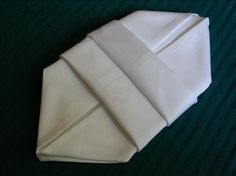 Serviette/Napkin Folding, Another  Make-In-Advance. Photo by kiwidutch