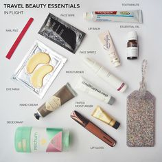 Checklist and tips: travel beauty essentials to pack for your next holiday I'm a reformed packer but I still fall down in is the beauty department. These are my travel beauty essentials and tips for cutting back what you Beauty Essentials, Holiday Essentials, Road Trip Essentials, Travel Makeup Essentials, Holiday Checklist, Summer Essentials, Travel Expert, Packing Tips For Travel, Travel Bag