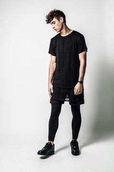 How to wear leggings men super ideas Black Shorts Outfit, Tights Outfit, Leggings Fashion, Mens Tights, Shorts With Tights, All Black Men, Sport Outfits, Athletic Outfits, Boy Outfits