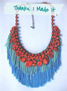 Statement Necklace (Full Tutorial : http://www.stripesandsequins.com/2011/10/guest-post-diy-statement-necklace-by.html)