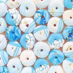 Vickie-Liu-sugar-cookies-art-9.jpg 750×750 pixels