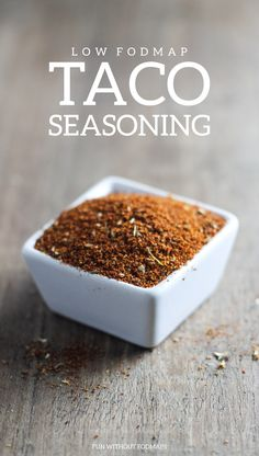make taco seasoning A kitchen staple, this Low Fodmap Taco Seasoning recipe is gluten free, garlic free and onion free, but full of flavor! A great way to add flavor to tacos! Scd Recipes, Fodmap Recipes, Dairy Free Recipes, Low Fodmap Foods, Fructose Free Recipes, Cake Recipes, Homemade Taco Seasoning Mix, Seasoning Recipe, Fodmap Meal Plan