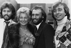 Barry and Robin with Mo and Yvonne on their wedding day ~~<3~~