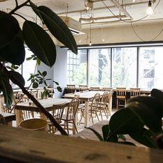 いつも旅先は神戸の街。今までに行ってみてよかったカフェをご紹介。 隠れ家的なところから老舗カフェまで、きっと満足できるお店をご紹介♪ 女子会やデート、一人カフェにおススメです。