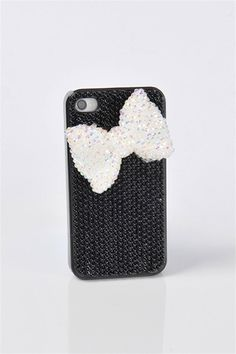 Pearl Bow Gem iPhone 4 Case - Black (too bad i don't have an iPhone)