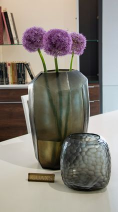 The interior decoration object Guaxs CUBISTIC TALL smokegrey is made from mouthblown glass and covered with a handcut surface. Home Decor Inspiration, Beautiful Homes, Interior Decorating, Surface, Vase, Decoration, Design, House Of Beauty, Decor