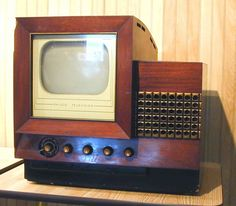 Philco 48-1000 -  This, along with the 48-700, was Philco's first production TV set, made in 1948. It has a ten inch picture tube.