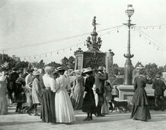 Dedication of Boer War memorial St Georges Park, Port Elizabeth. St George's Park, Port Elizabeth South Africa, African History, Before Us, World History, Best Memories, Live, Statue Of Liberty, Past
