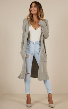 New Jeans Outfit Casual black girlfriend jeans hiking pants women Fall Fashion Outfits, Casual Winter Outfits, Casual Fall Outfits, Mode Outfits, Look Fashion, Autumn Fashion, Womens Fashion, Fashion Trends, Cheap Fashion