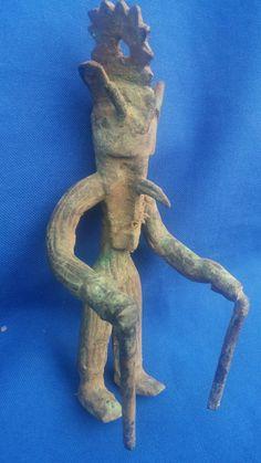 Statue Bobo-fing -  Danseur porteur de masque -  Burkina Faso