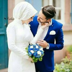 Muslim Couple Photography, Bridal Photography, Family Photography, Muslim Wedding Dresses, Muslim Brides, Cute Muslim Couples, Cute Couples, Foto Wedding, Wedding Photos