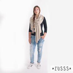 Zusss l Basic sjaal XL zand l http://www.zusss.nl/product/basic-sjaal-xl-zand/