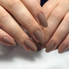 There are three kinds of fake nails which all come from the family of plastics. Acrylic nails are a liquid and powder mix. They are mixed in front of you and then they are brushed onto your nails and shaped. These nails are air dried. Oval Nails, Pink Nails, My Nails, Oval Shaped Nails, Fall Gel Nails, Acrylic Nails Natural, Cute Acrylic Nails, Natural Manicure, Acrylic Nail Shapes