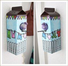 Una manualidad reciclada para los más pequeños de la casa... ;)