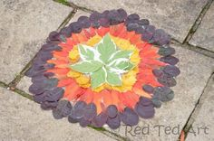 Exploring Andy Goldsworthy with kids | Autumn leaf art