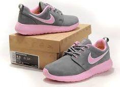 Image result for nike roshe for ladies Nike Roshe Run, Cute Shoes, Sneakers Nike, Footwear, Running, Lady, Image, Fashion, Nike Tennis