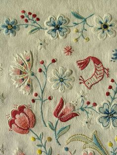 This would look very pretty on the front of a blouse or the cuffs of a blouse..