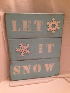 Holiday barn wood sign on Etsy, $35.00