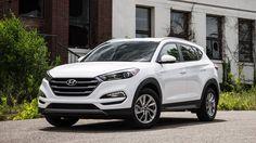 Hyundai Tucson 2018 vừa được bổ sung thêm phiên bản máy dầu, dẫn động 4 bánh toàn thời gian 4WD có giá bán từ 38.620 USD tại thị trường Ấn Độ...