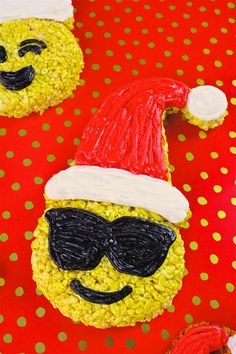 DIY Large Holiday Emoji Rice Krispies Treats + A Giveaway! ⋆ Brite and Bubbly