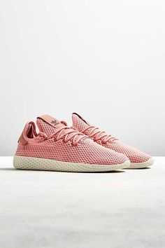 Latest Clothes For Men, Clothes For Sale, Men's Shoes, Dress Shoes, Williams Tennis, Mens Clothing Sale, Pharrell Williams, Athletic Wear, Mens Tees