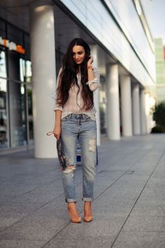 boyfriend jeans + sheer shirt for a show