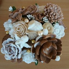 Soap Packaging, Bun Hairstyles, Happy Day, Burlap Wreath, Soaps, Centerpieces, Bouquet, Easter, Creative