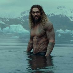 """1,358 Likes, 7 Comments - Game of Thrones (@gameofthronestvshow) on Instagram: """"Jason Momoa as Aquaman on the new Justice League trailer."""""""