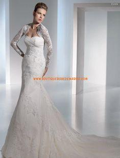 Robe de mariée de luxe dentelle avec bolero à longue manche