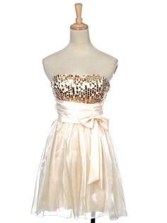 Anna-Kaci Free Size Golden Metallic Cream Dramatic Elegance Pleated Ribbon Dress Anna-Kaci to enter online shopping or purchase click on Amazon right here http://www.amazon.com/dp/B007KSG450/ref=cm_sw_r_pi_dp_sVEVtb10R1BT17CT